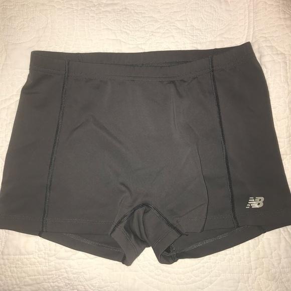 the latest 74370 d8831 Women s new Balance spandex shorts. M 5b7c65fd10fc541021bd507a